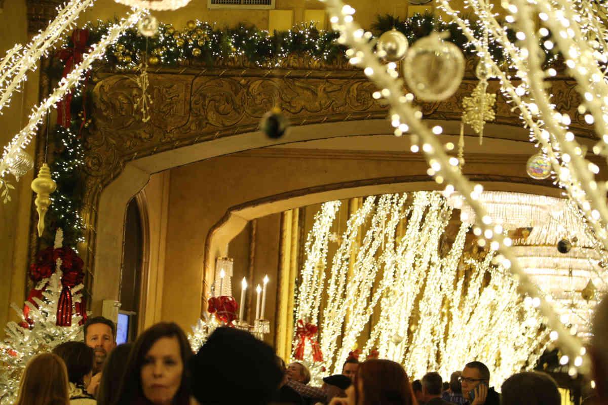 Roosevelt Lobby Lighting