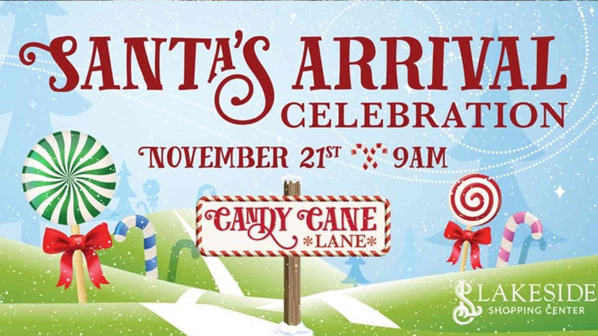 Santa's Arrival Parade - Lakeside Shopping Center