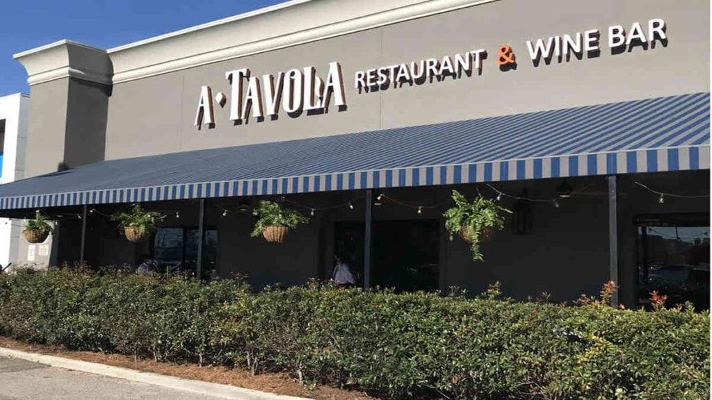 Tavola Restaurant Exterior Image