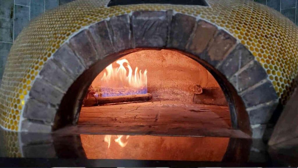 Tavola Restaurant Pizza Oven